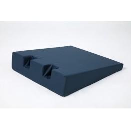 Подушка клиновидная для пяток 650х520х230-50 мм. стандарт