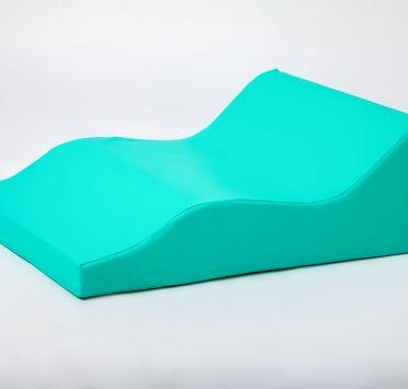 Подушка клиновидная фигурная 650x500x230-50 мм. Изображение №1
