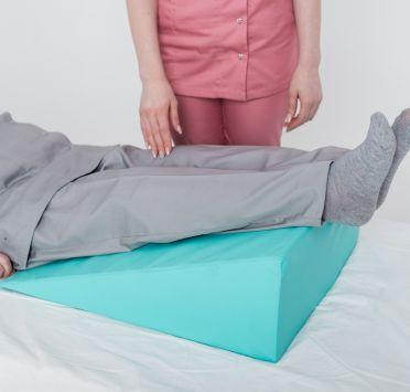 Подушка клиновидная, тк. Медика 600х500х200-0 мм. стандарт. Изображение №1